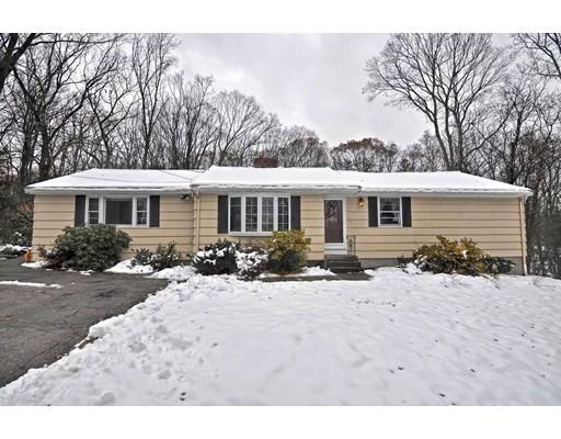 واحد منزل الأسرة للـ Sale في 60 Cheryl Lane 60 Cheryl Lane Holliston, Massachusetts 01746 United States