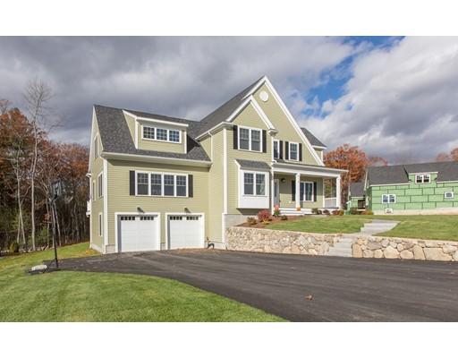 Частный односемейный дом для того Продажа на 31 Sycamore Drive 31 Sycamore Drive Dracut, Массачусетс 01826 Соединенные Штаты
