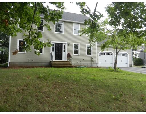 Casa Unifamiliar por un Alquiler en 37 Florence Circle 37 Florence Circle Upton, Massachusetts 01568 Estados Unidos
