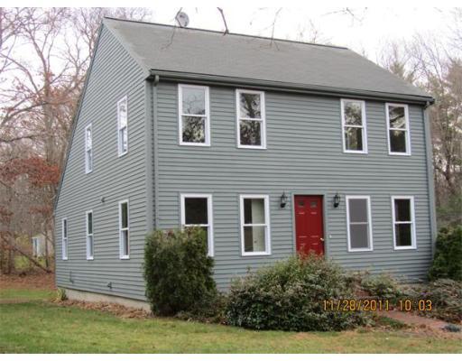 独户住宅 为 出租 在 904 Auburn Street 904 Auburn Street Bridgewater, 马萨诸塞州 02324 美国
