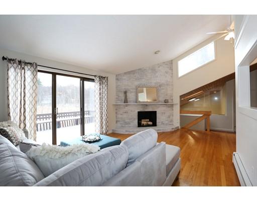 Частный односемейный дом для того Продажа на 6 Karen Circle 6 Karen Circle Hudson, Массачусетс 01749 Соединенные Штаты