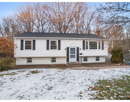 Single Family Home for Sale at 122 Knott 122 Knott Attleboro, Massachusetts 02703 United States