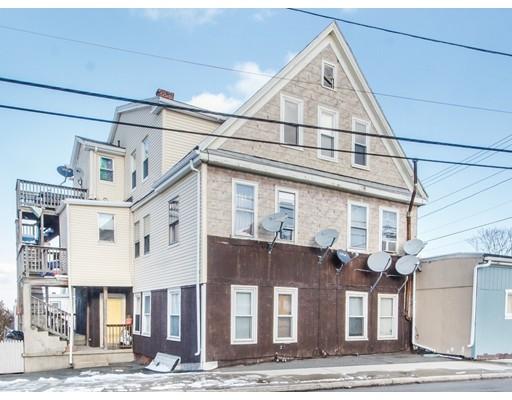 Многосемейный дом для того Продажа на 151 Walnut Avenue 151 Walnut Avenue Revere, Массачусетс 02151 Соединенные Штаты