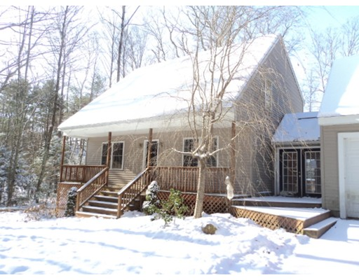 Single Family Home for Sale at 25 Playground Drive 25 Playground Drive Woodstock, Connecticut 06281 United States