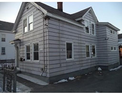 多户住宅 为 销售 在 150 Farnham Street 150 Farnham Street Lawrence, 马萨诸塞州 01843 美国
