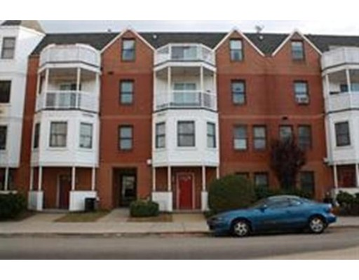 Appartement en copropriété pour l Vente à 336 Adams Street 336 Adams Street Boston, Massachusetts 02122 États-Unis