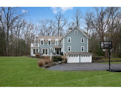Maison unifamiliale pour l Vente à 119 Pine 119 Pine Norwell, Massachusetts 02061 États-Unis