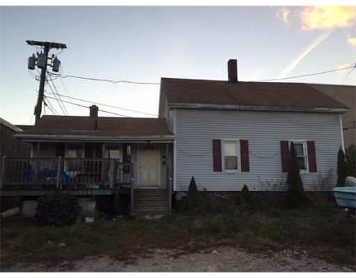 Maison unifamiliale pour l Vente à 86 Gardner Street 86 Gardner Street Worcester, Massachusetts 01610 États-Unis