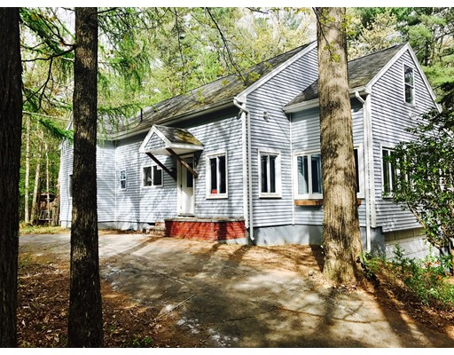 Single Family Home for Sale at 2003 Route 198 2003 Route 198 Woodstock, Connecticut 06281 United States
