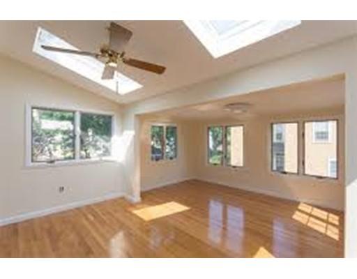 Casa Multifamiliar por un Venta en 15 Multi-Family Portfolio 15 Multi-Family Portfolio Boston, Massachusetts 02130 Estados Unidos