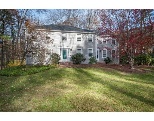独户住宅 为 销售 在 38 Page Farm Road 舍伯恩, 01770 美国