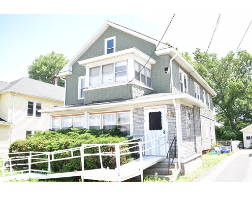 متعددة للعائلات الرئيسية للـ Sale في 248 South Street 248 South Street Holyoke, Massachusetts 01040 United States
