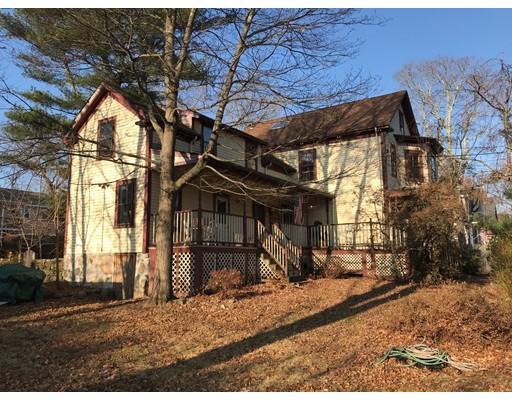 Maison unifamiliale pour l Vente à 127 Oakdale Avenue 127 Oakdale Avenue Dedham, Massachusetts 02026 États-Unis