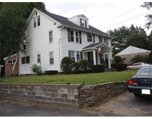 شقة للـ Rent في 29 Camden Street #3 29 Camden Street #3 South Hadley, Massachusetts 01075 United States