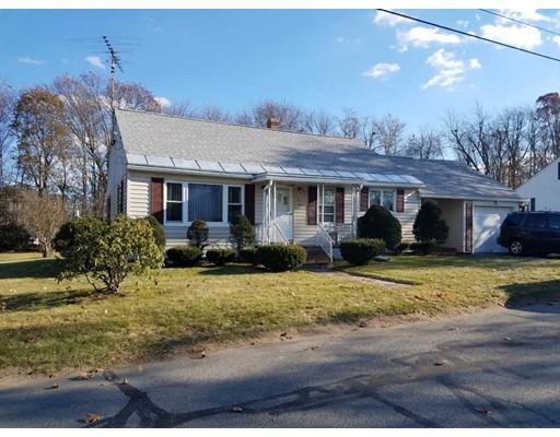 واحد منزل الأسرة للـ Sale في 146 Hurd Street 146 Hurd Street Fitchburg, Massachusetts 01420 United States