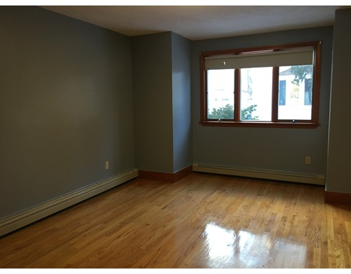 Single Family Home for Rent at 10 Folsom Court Malden, 02148 United States