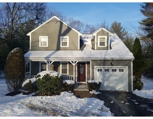 Maison unifamiliale pour l Vente à 27 Constitution Street 27 Constitution Street Ashland, Massachusetts 01721 États-Unis