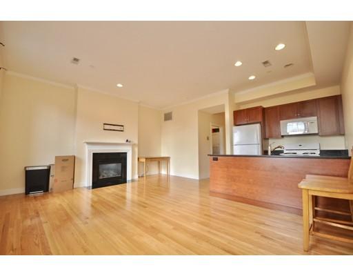 Casa Unifamiliar por un Alquiler en 39 High Street Boston, Massachusetts 02129 Estados Unidos
