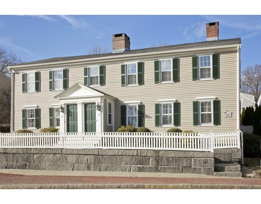 共管式独立产权公寓 为 销售 在 79 North Street 79 North Street 欣厄姆, 马萨诸塞州 02043 美国
