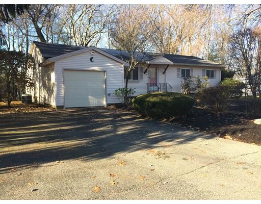 واحد منزل الأسرة للـ Sale في 130 Westfield Drive 130 Westfield Drive Holliston, Massachusetts 01746 United States