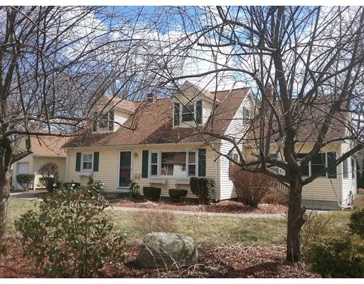 Maison unifamiliale pour l Vente à 121 Chudy Street 121 Chudy Street Palmer, Massachusetts 01080 États-Unis