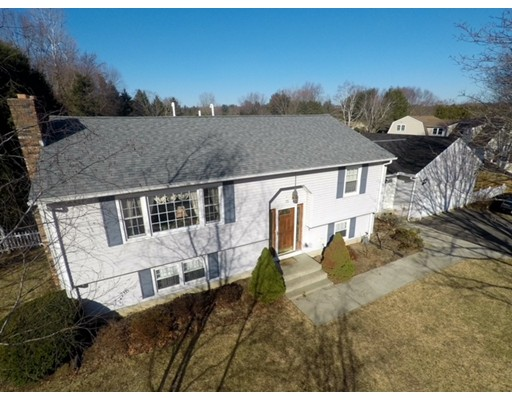 Single Family Home for Sale at 75 Pheasant Run Circle 75 Pheasant Run Circle Agawam, Massachusetts 01030 United States