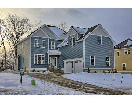 Single Family Home for Sale at 131 Magill Drive 131 Magill Drive Grafton, Massachusetts 01519 United States