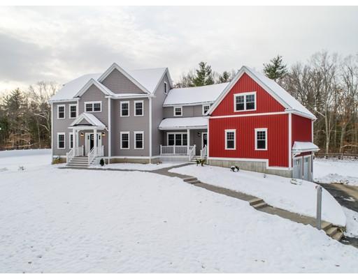 واحد منزل الأسرة للـ Sale في 81 Baker Road 81 Baker Road Salisbury, Massachusetts 01952 United States