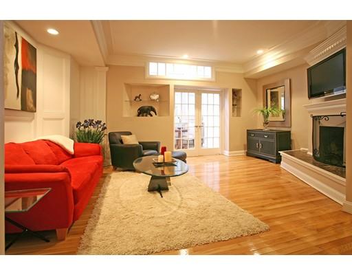 Appartement en copropriété pour l Vente à 350 Marlborough Street 350 Marlborough Street Boston, Massachusetts 02115 États-Unis