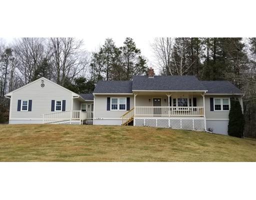 Maison unifamiliale pour l Vente à 3 Laurie Lane 3 Laurie Lane Charlton, Massachusetts 01507 États-Unis