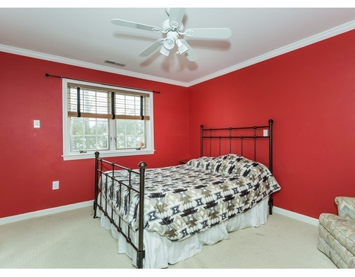 134 Pineridge Dr, Westfield, MA, 01085