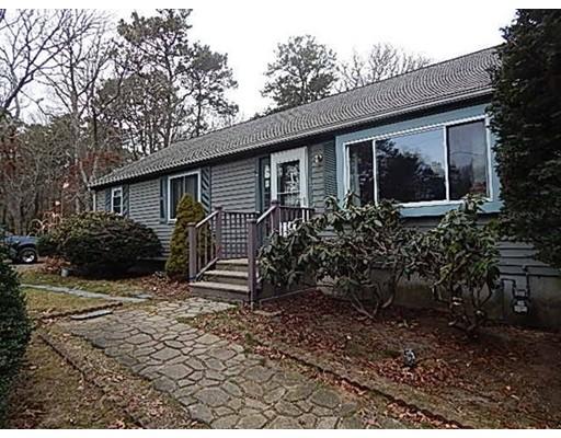 Casa Unifamiliar por un Venta en 58 Ensign Road 58 Ensign Road Barnstable, Massachusetts 02632 Estados Unidos