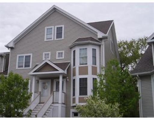 共管式独立产权公寓 为 销售 在 623 Revere Beach Pkwy #623 623 Revere Beach Pkwy #623 Revere, 马萨诸塞州 02151 美国