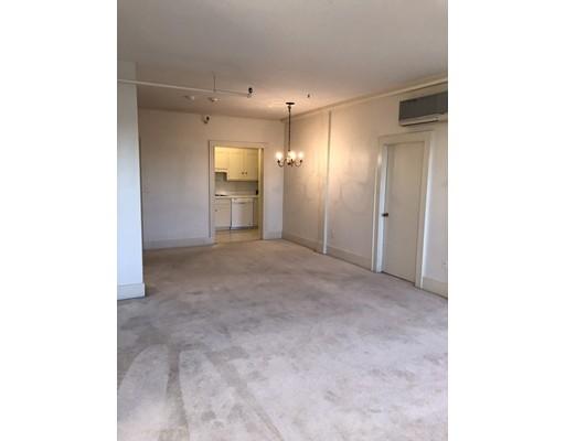 Single Family Home for Rent at 306 Main Street Groveland, Massachusetts 01834 United States