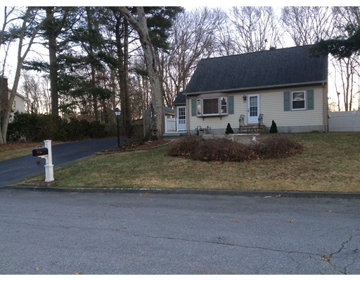 Single Family Home for Sale at 902 TOBEY STREET 902 TOBEY STREET Acushnet, Massachusetts 02743 United States