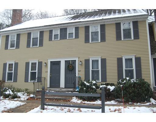 Single Family Home for Rent at 838 Wellman Avenue 838 Wellman Avenue Chelmsford, Massachusetts 01863 United States