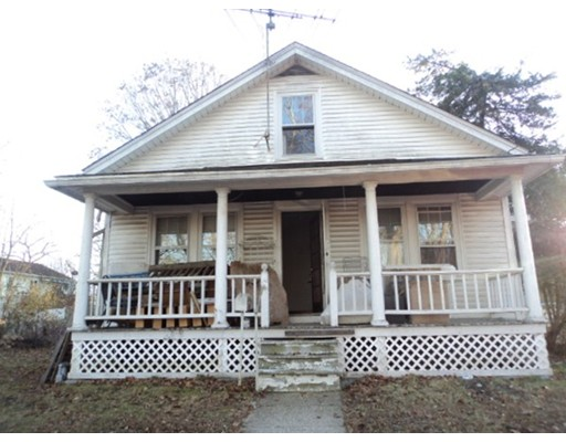 Single Family Home for Sale at 21 Roosevelt Street 21 Roosevelt Street Putnam, Connecticut 06260 United States
