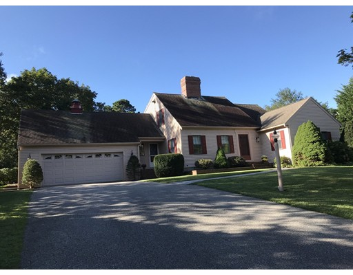 Single Family Home for Sale at 35 Indian Field Drive 35 Indian Field Drive Dennis, Massachusetts 02660 United States