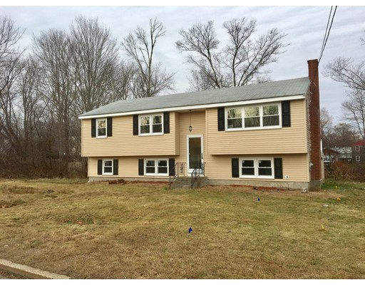 Single Family Home for Sale at 44 W. Spring Street 44 W. Spring Street Avon, Massachusetts 02322 United States