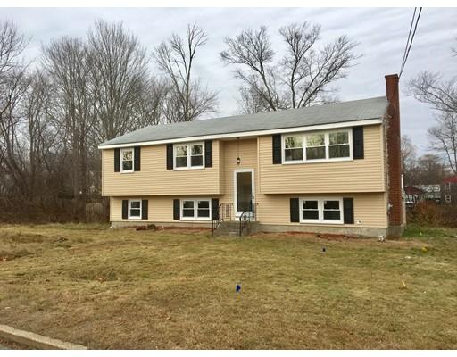 واحد منزل الأسرة للـ Sale في 44 W. Spring Street 44 W. Spring Street Avon, Massachusetts 02322 United States