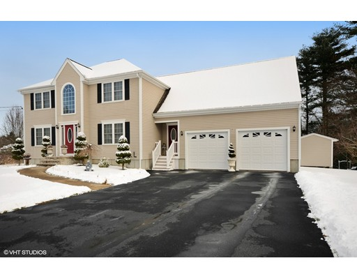 Single Family Home for Sale at 24 Pondview Road 24 Pondview Road Acushnet, Massachusetts 02743 United States
