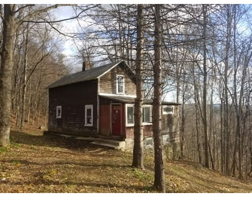 Single Family Home for Sale at 19 Goss Hill Road 19 Goss Hill Road Huntington, Massachusetts 01050 United States
