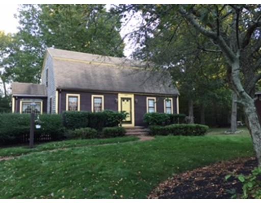 独户住宅 为 销售 在 253 Central Street 253 Central Street Avon, 马萨诸塞州 02322 美国