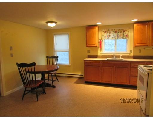 Частный односемейный дом для того Аренда на 20 Meadow Street 20 Meadow Street Taunton, Массачусетс 02780 Соединенные Штаты