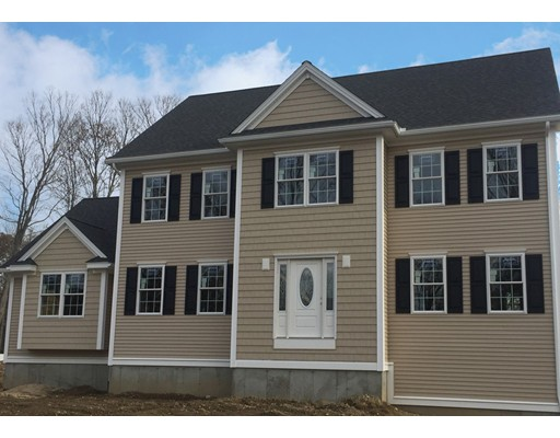 Single Family Home for Sale at 425 Middlesex Avenue 425 Middlesex Avenue Wilmington, Massachusetts 01887 United States