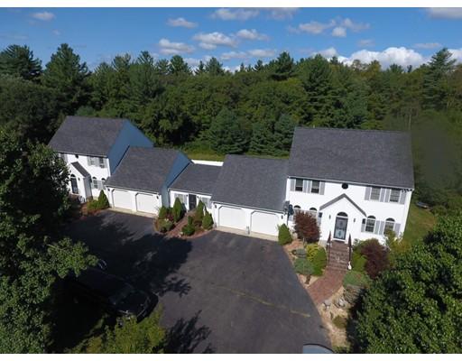 多户住宅 为 销售 在 89 Whitman Street East Bridgewater, 马萨诸塞州 02333 美国