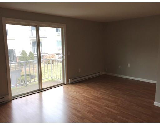 Single Family Home for Rent at 6 Royal Dane Drive 6 Royal Dane Drive Marshfield, Massachusetts 02050 United States
