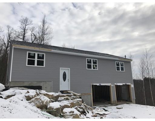 Maison unifamiliale pour l Vente à 52 St. Claire Road 52 St. Claire Road Brimfield, Massachusetts 01010 États-Unis