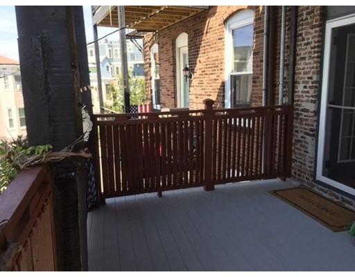 独户住宅 为 出租 在 41 Thomas Park 波士顿, 马萨诸塞州 02127 美国