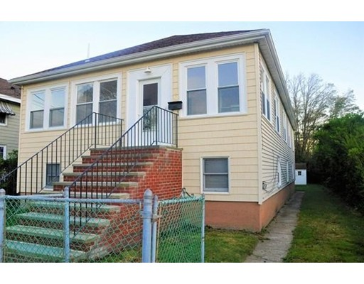 Single Family Home for Rent at 10 Brewster Street 10 Brewster Street Hull, Massachusetts 02045 United States